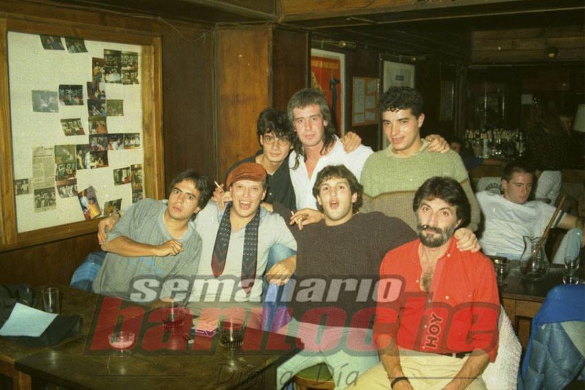 1-4-88 Sergio Suez, Luis Bravo y amigos en Malevil.